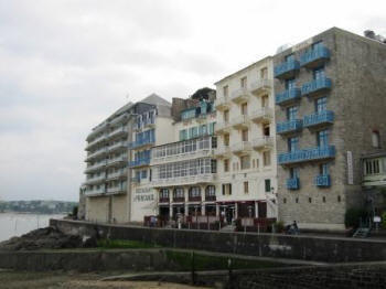 Hotels at Dinard in 2007.