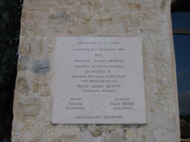 Plaque commemorating re-opening by Jacques Medecin