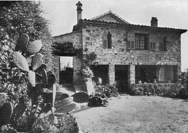 Sunset House in the 1930's from the court yard