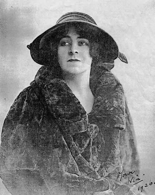 Winifred Fortescue in 1926